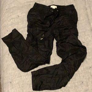 H&M black linen crop pant Lightweight jogger 2